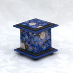"2"" Tall Blue Mum Box"